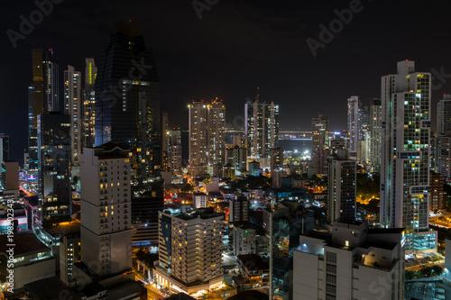 Spoed Foto op Canvas Tokyo skyscraper building at night, cityscape - Panama City skyline