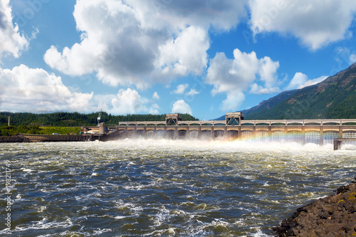Photo sur Toile Barrage Bonneville Dam in Columbia River