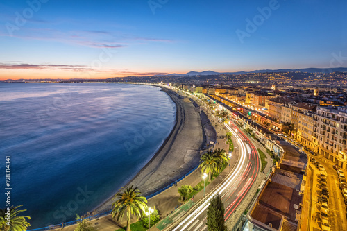 Fotobehang Nice Promenade and Coast of Azure at dusk in Nice, France