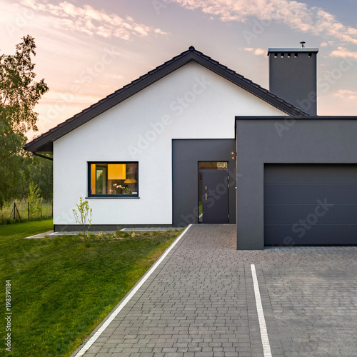 Fototapeta Modern house with garage obraz