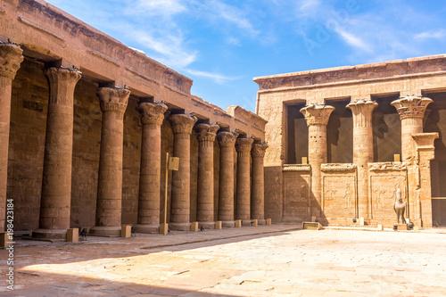 Spoed Foto op Canvas Bedehuis Horus Temple , Edfu, Egypt