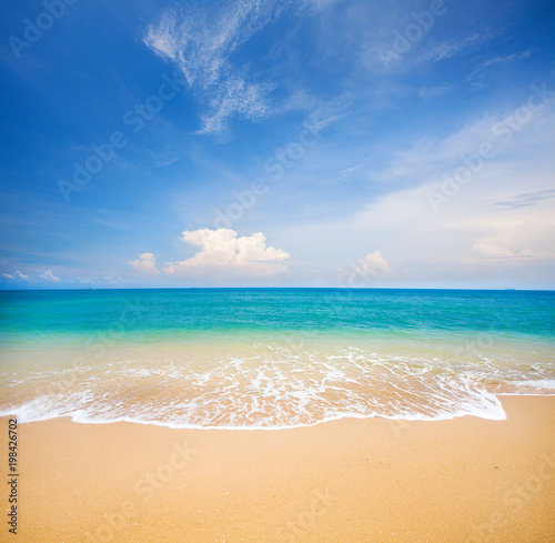 Poster de jardin Plage beach and tropical sea