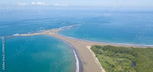 Luftbild: Walfischflossen - Strand, Costa Rica