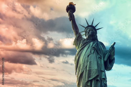 Photo sur Toile Commemoratif Lady Liberty, Statue of Liberty