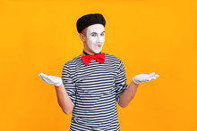 Mime Man Say Well Hi Honey! Nice To Meet You
