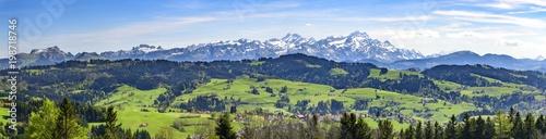 Foto op Plexiglas Panoramafoto s Appenzeller Land mit Alpstein-Massiv