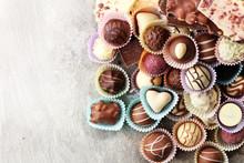 A Lot Of Variety Chocolate Pra...