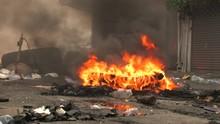 STREET ON FIRE Tires BURNING Smoke Terror Riot Conflict Civil War 9700