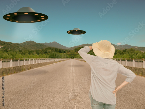 Foto op Canvas UFO UFOs, alien invasion. Slight filter for retro effect. Space travelers.