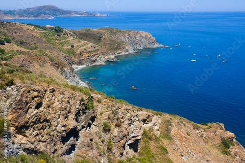 Tuinposter Centraal-Amerika Landen Rocky shore in marine reserve of Cerbere Banyuls, Mediterranean sea, Pyrenees Orientales, Cote Vermeille, France