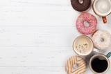 Fototapeta Kawa jest smaczna - Coffee and donuts