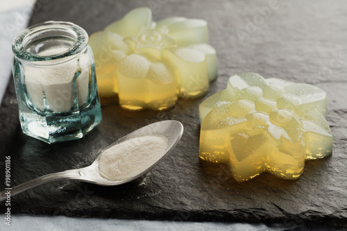 Photo Agar agar citrus jelly dessert