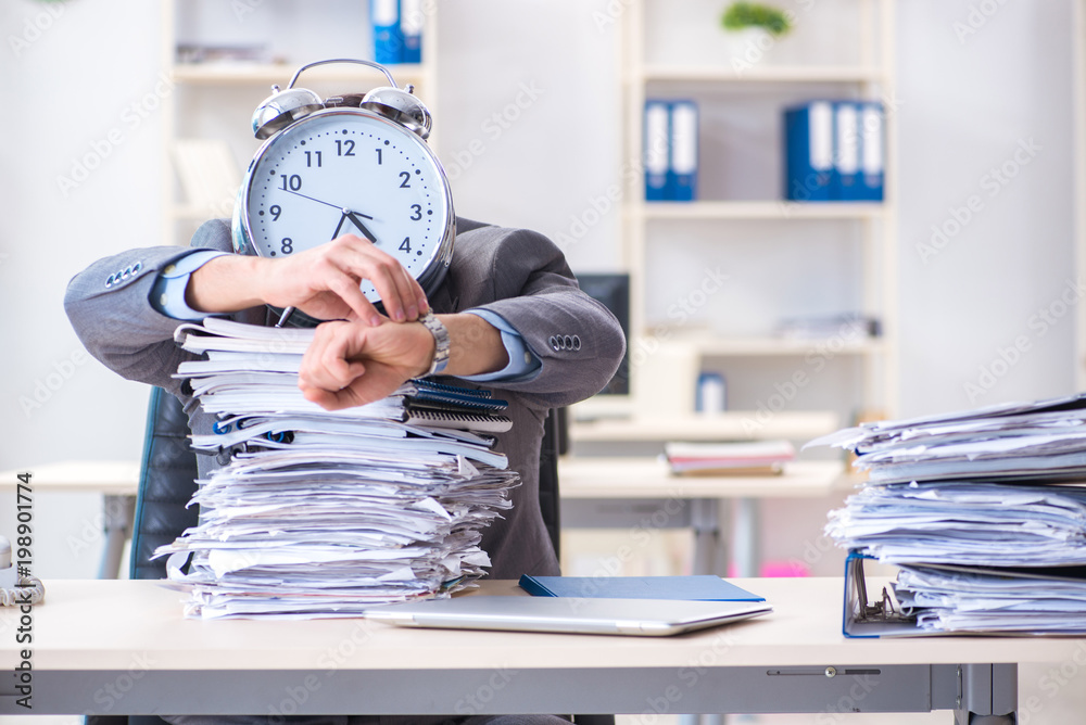 Fototapeta Employee failing to meet tax reporting deadlines
