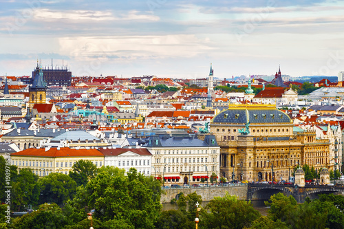 Photo  Panoramic view of the evening city of Prague and the Vltava River