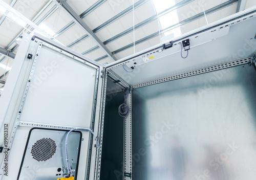 Cuadros en Lienzo Industrial enclosure for electricity