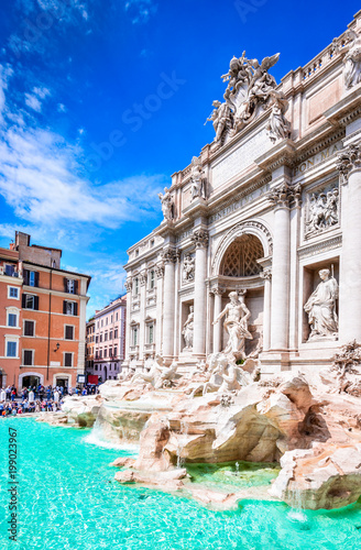 Photo  Rome, Italy - Fontana di Trevi