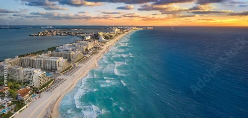 Foto op Canvas Strand Cancun beach sunset