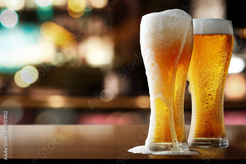 Fotografia  fresh cold beer