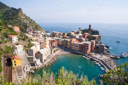 Photographie  Vernazza on the Cinque Terre  (meaning Five Lands) on Ligurian Riviera in Italy