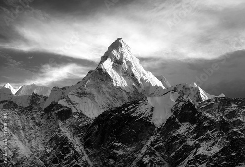 Mount Ama Dablam within clouds фототапет