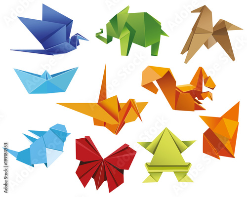 Keuken foto achterwand Geometrische dieren Origami. A set of origami. Set origami butterfly, crane, frog, elephant, horse, ship, sparrow, fox, squirrel. Paper set origami. Vector illustration Eps10 file
