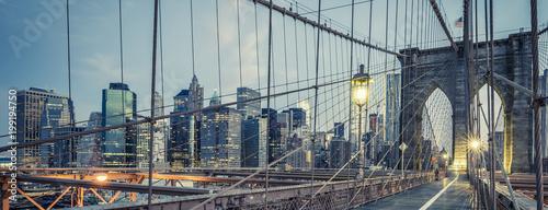 Fotobehang Brooklyn Bridge The Brooklyn Bridge by night