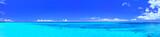 Fototapeta Na sufit - 真夏の宮古島・下地空港の誘導灯のある海(パノラマ)