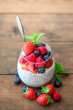 Chia. Superfoods Breakfast Wit...