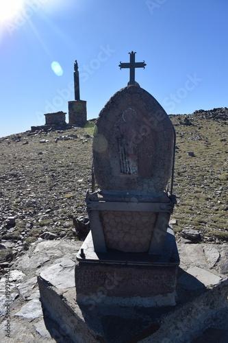 Altar en la cumbre del pico San Lorenzo en La Rioja