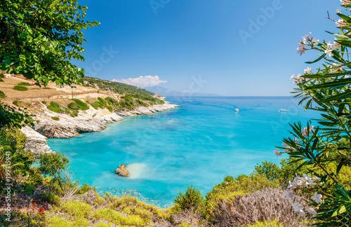 Cuadros en Lienzo Beautiful sunny view on one of the Zakynthos beaches, Greece