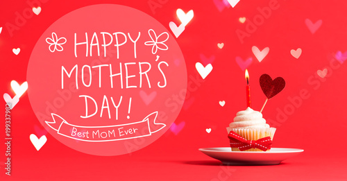 Photo  Mother's Day message with cupcake and heart ornament