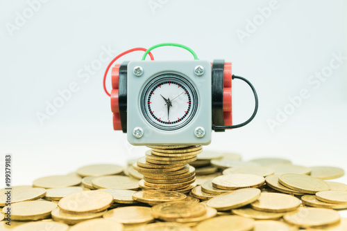Photo  Financial crisis into a business opportunity, Time and Risk management concepts