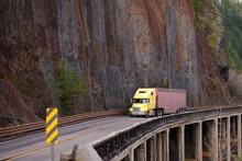 Yellow Big Rig Semi Truck Carr...