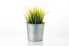Metal Garden Pots With Plants ...