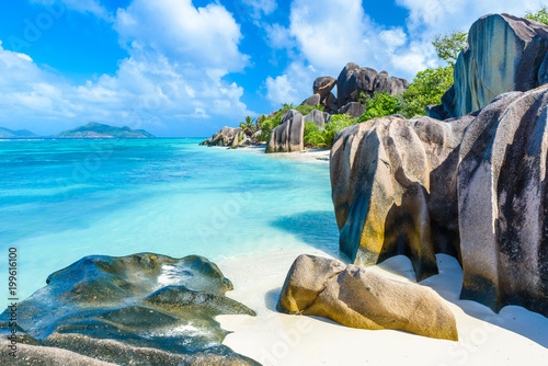 Source d'Argent Beach at island La Digue, Seychelles - Beautifully shaped granit Wallpaper Mural