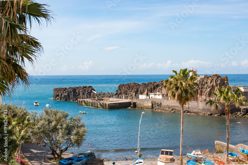 Foto auf Gartenposter Stadt am Wasser Câmara de Lobos Madeira island Portugal