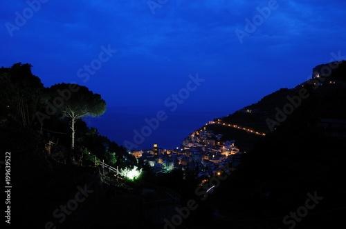 Poster Donkerblauw 南イタリア、アマルフィの風景