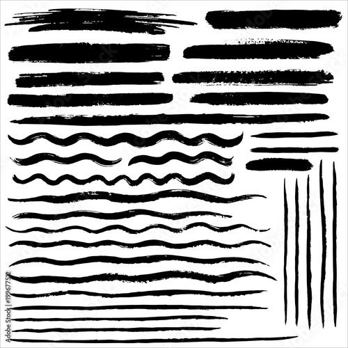 Fotografiet  Set of various vector brush strokes