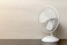 White Desk Oscillating Fan, To...