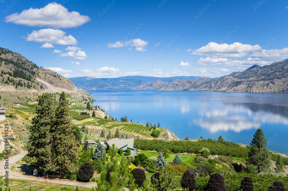 Fototapety, obrazy: View of the Okanagan Lake under Blue Sky on a Sunny Summer Day and Reflection in Water. Penticton, BC, Canada.