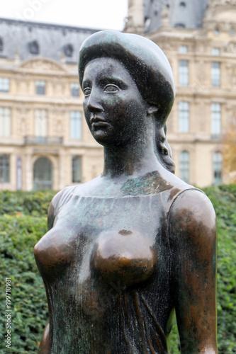Photo Paris -  Bronze sculpture  by Aristide Maillol in Tuileries garden
