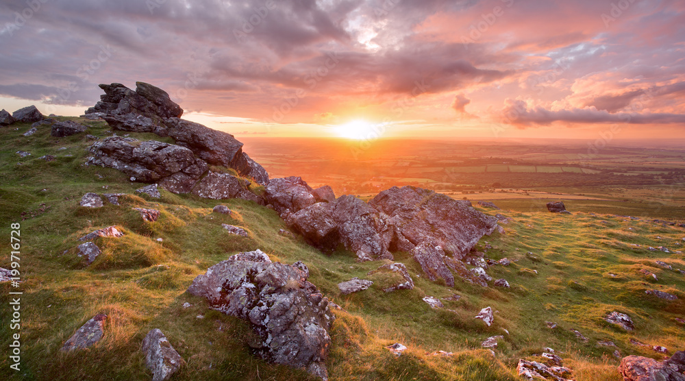 Fototapety, obrazy: Vivid sunset fron Sourton tor Dartmoor national park Devon uk
