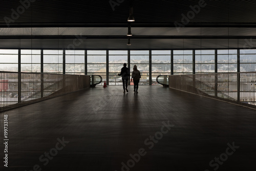 Papiers peints Tunnel View of Nice airport from the inside