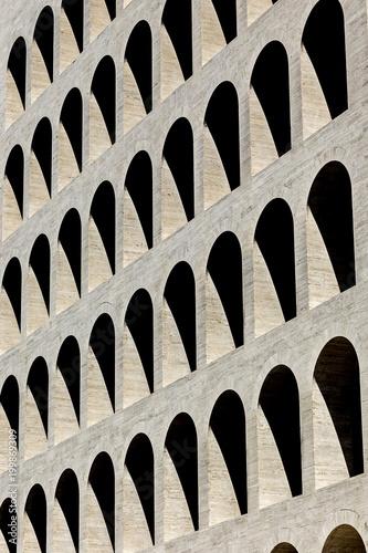 Vászonkép Texture con le finestre del Palazzo della Civiltà Italiana di Roma