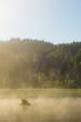 Sonnenaufgang mit Nebel am Geroldsee im Karwendel