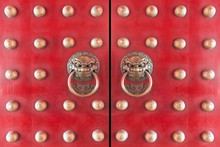 Wood Chinese Door Painted With Red Color With Traditional Bronze Chinese Lion Head Knockers.wood Door Entrance Of Chinese Temple