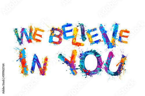 wierzymy-w-ciebie-rozchlapac-litery-farby