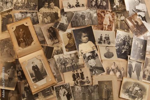 Obraz na plátně Foto antiche su vecchio tavolato con spazi per inserimento testi