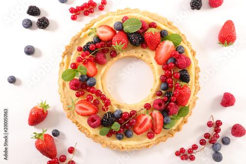 Photo  fruit tart with cream
