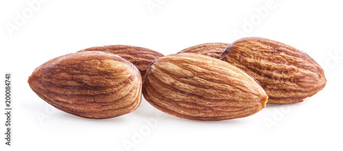 Fotografía  almonds isolated on white background